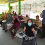 Vaksinasi Covid-19 lansia untuk 60 orang peserta