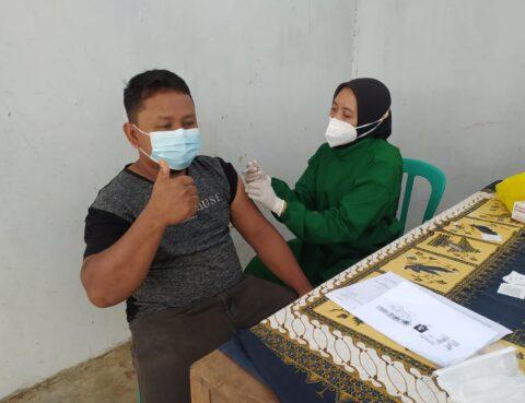 Vaksinasi Covid19 di Pasar Batangan, Boyolali